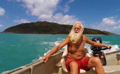 Kedysi bol milionárom, ale prišiel o všetko. Dnes už 20 rokov žije na malom ostrove len so svojím psom a vraj mu nikdy nebolo lepšie