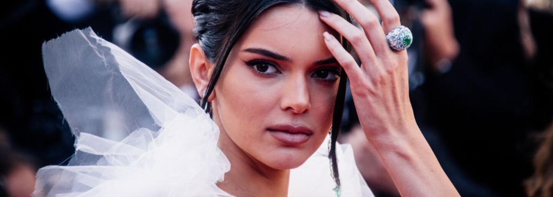 Kendall Jenner zažaloval známy módny dom. Od modelky pýta 1,8 milióna dolárov za to, že neprišla na fotenie