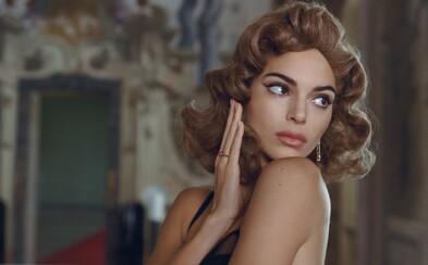 Kendall Jenner zvádza a flirtuje ako talianska aristokratka aj bláznivé retro dievča v surrealistickom módnom filme RESERVED