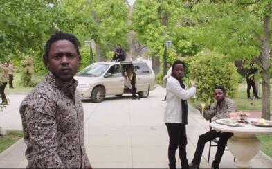 Kendrick Lamar s ďalším skvelým klipom z To Pimp a Butterfly. Nenásytný priemysel je zosobnený nevďačnou ženou