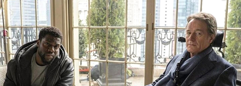 Kevin Hart sa v americkom remaku dramédie Nedotknuteľní stáva opatrovníkom ochrnutého Bryana Cranstona
