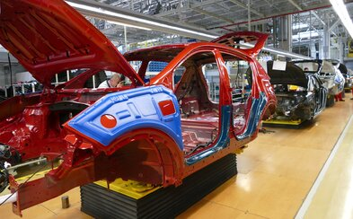 Kia zastaví výrobu od budúceho pondelka. Spravila tak ako posledná automobilka na Slovensku