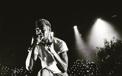 Kid Cudi nám vynahrazuje posunutí alba singlem Surfin', který mu produkoval Pharrell Williams