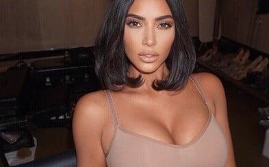 Kim Kardashian čelí problémům kvůli spodnímu prádlu Kimono. Japonci ji kritizují, že si přivlastnila jejich kulturu