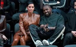 Kim Kardashian požiadala o rozvod s Kanyem Westom