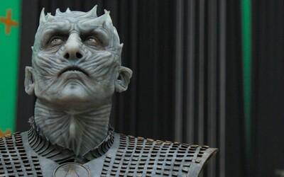 Kit Harington plakal, keď sa dozvedel, že zabije Daenerys. Dokument o 8. sérii GoT si pre seba kradne Vladimír Furdík