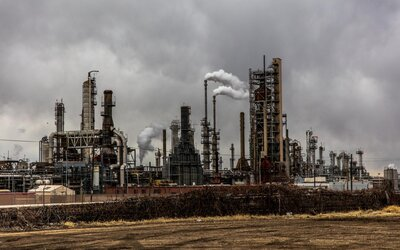 Klimatické cíle stanovené Pařížskou dohodou neplní většina zemí. Nejvíce zaostává Rusko a Írán
