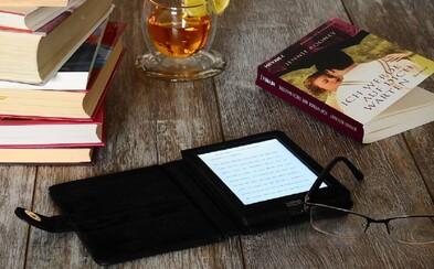 Knížka vs. čtečka: Jsou knihy vzpomínkou na doby dávno minulé a čtečky krokem do budoucna, který šetří lesy?