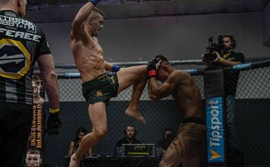 Knockouty a kopy do hlavy. Epický turnaj Oktagon Underground odstartoval ve velkém stylu