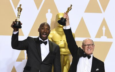 Kobe Bryant byl i talentovaný filmař s Oscarem na kontě. Animák Dear Basketball o odchodu z palubovky zasáhl srdce fanoušků