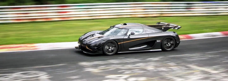 Koenigsegg sa s hyperšportom One:1 vrátil na Nürburgring, aby prekonal 918-ku. Bude najrýchlejším autom planéty?