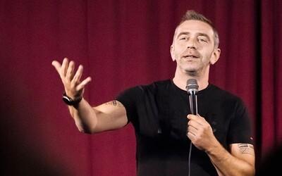 Komik Szatmary: Vraveli mi, aby som nevtipkoval o tom, že som Žid. Nedal som si povedať, dnes sa na tom baví aj židovské publikum