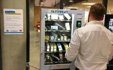 Konec poznámek. Český automat na pera, sešity či pravítka dobývá školy v Praze a chystá se na expanzi