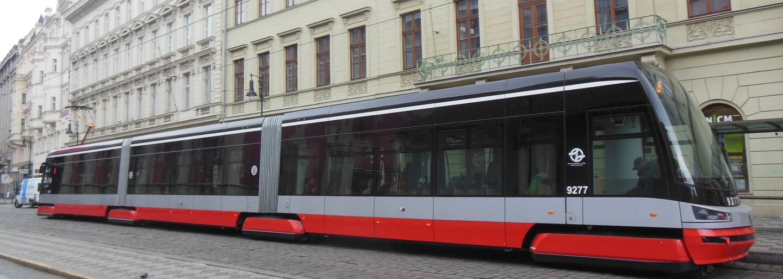 Konec veder? V Praze dostanou všechny tramvaje 15T klimatizaci
