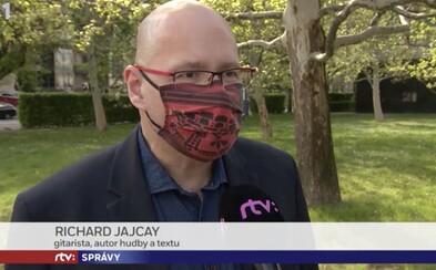 Konflikt záujmov v hlavných správach: Šéf marketingu RTVS propagoval vo verejnoprávnej televízii svoju pesničku