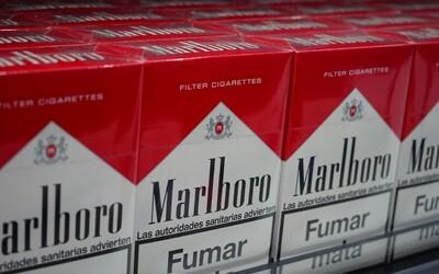 Koniec klasických cigariet? Marlboro má do 10 rokov úplne zmiznúť z britského trhu