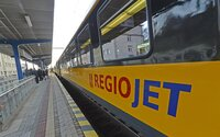 Koniec trápenia sa vo vlakoch ZSSK? Na trať medzi Bratislavou a Žilinou sa vráti RegioJet