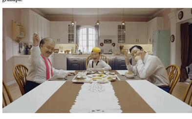 Kórejec PSY je späť s novou chytľavou skladbou! Zahral si v nej dieťa, otca aj dedka a nechýbajú ani podarené tanečné kreácie