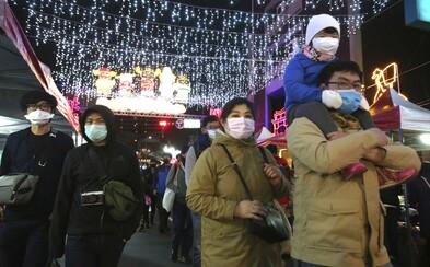 Koronavirus má opět nový rekord. V jeden den zemřelo 97 pacientů