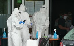 Koronavírus mutuje, onedlho mu možno nezabránia ani rúška a hygienické návyky