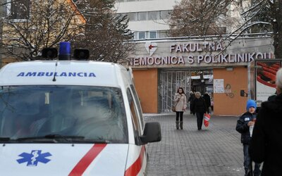 Koronavirus na Slovensku? Dva muže s podezřením na nákazu převezli do nemocnice v Martině
