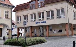 Koronavirus nezaměstnanost v Česku neovlivnil. Úřad práce naměřil nejnižší březnový počet za posledních 23 let