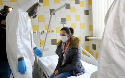 Koronavírus: počet nakazených sa konečne stabilizuje