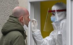 KORONAVIRUS: V Česku epidemie stále sílí. Viru již podlehlo více než 30 500 osob
