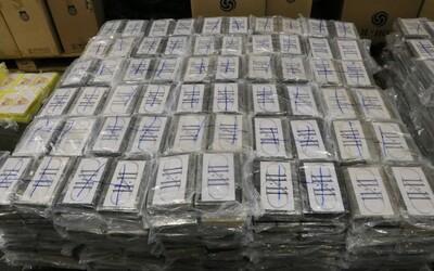 Kostarická polícia zaistila najväčšiu zásielku kokaínu v histórii. 5 ton drogy smerovalo do Holandska ako dodávka kvetín