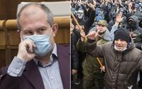 """Kotleba žiada policajtov, aby 17. novembra na proteste nezasahovali a zostali doma. """"Je predsa kovid a chrípková sezóna,"""" tvrdí"""