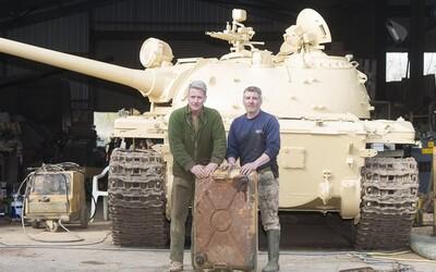 Koupil si tank za necelý milion korun a našel v něm zlato za více než 60 milionů. Zřejmě ho tam ukryli vojáci během Války v Zálivu