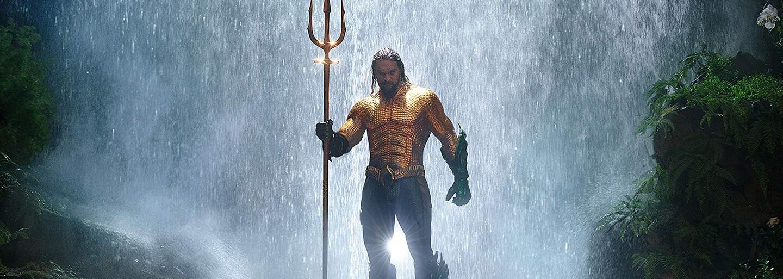 Král Atlantidy se stal i králem tržeb. Aquaman po prvním víkendu útočí na hranici půl miliardy (Box Office)