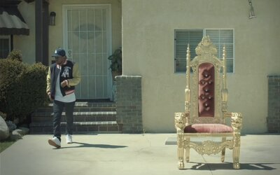 Kráľ Kendrick sa preháňa po svojom rodnom Comptone vo videoklipe na King Kunta