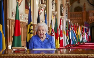 Královna Alžběta II. zareagovala na obvinění od Meghan Markle a prince Harryho. Situaci bude palác řešit