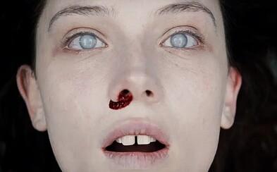 Krásna a záhadná mŕtva žena nedáva spávať dvom zamestnancom pitevne v dráždivej ukážke mysteriózneho hororu