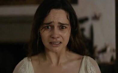 Krásna Emilia Clarke sa snaží zachrániť chlapca pred temnými silami. Trailer mysteriózneho thrilleru ponúka solídnu dávku pochmúrnej atmosféry