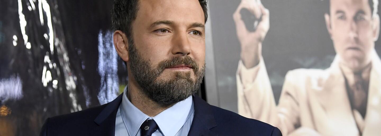 Herečka odmítla Bena Afflecka v seznamovací aplikaci, protože nevěřila, že je to opravdu on. Herec jí poslal smutné video