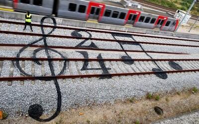 Kreativite sa v street arte medze nekladú. Tieto šikovné diela nájdete na železničných koľajniciach