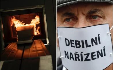Krematoria v Česku nestíhají spalovat mrtvé, někde už spalují na třísměnném provozu 24 hodin denně