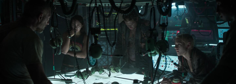 Kristen Stewart bojuje proti krvilačným votrelcom v podvodnom pekle