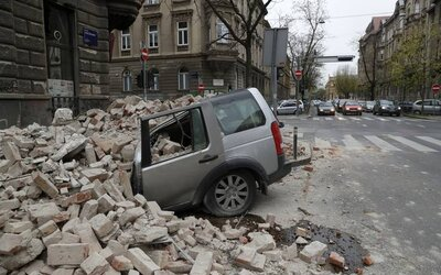 Krutý pohled na ulice v Chorvatsku po zemětřesení: Jeden člověk přišel o život, rozpadly se budovy