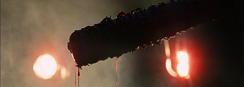 Krvavý trailer pro 7. sérii The Walking Dead nás připravuje na smrt jedné z postav a potvrzuje Ezekiela