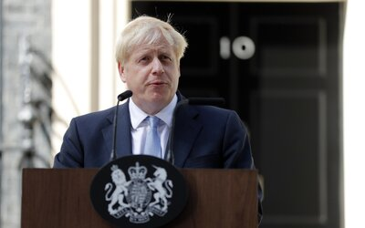 Kto je nový britský premiér Boris Johnson? Bývalý novinár a majster mediálnej propagácie