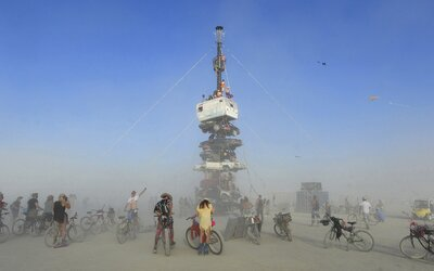 Kultovní festival Burning Man letos v nevadské poušti nebude, přesune se do virtuální podoby