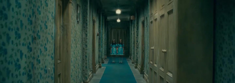 Kultový horor Shining dostáva pokračovanie. V prvom traileri vidíme dospelého Dannyho Torrenca v hoteli Overlook