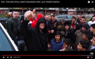 Kým bol zvyšok slovenských raperov na dovolenke, Ego kvôli novému klipu navštívil košické sídliská