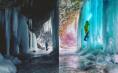 Ľadové bludisko na Spiši vysoké aj 14 metrov, kde stratiť sa je radosť. Obrovský ľadopád ťa svojou krásou a majestátnosťou očarí
