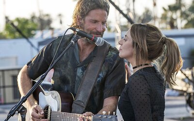 Lady Gaga a Bradley Cooper si získají vaše srdce v nádherné skladbě pro film Zrodila se hvězda