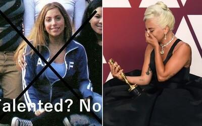 Lady Gaga zažila na univerzite výsmech v hlúpej facebookovej skupine. Nadávali jej za to, že chcela byť slávna