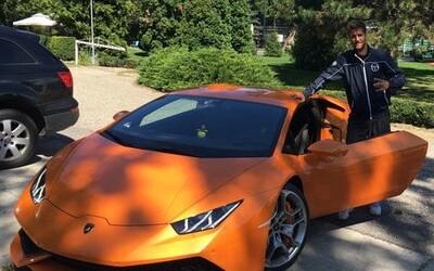 Lamborghini je jediná věc, co mě v životě naplňuje, říká slovenský tenista Martin Kližan